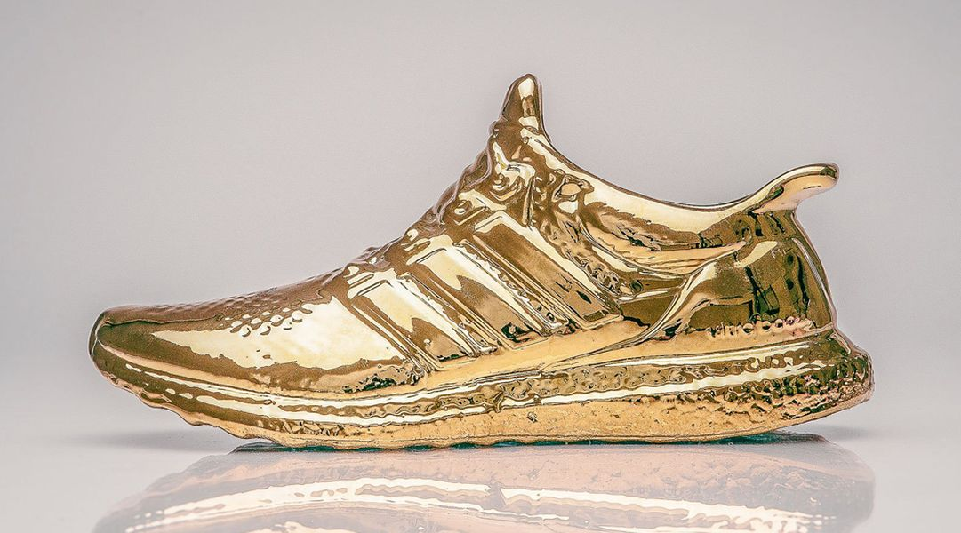 ultra-boost-sculptures-gold_03
