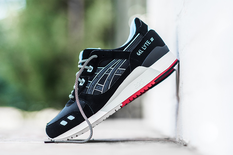 Asics-Gel-Lyte-III-Black-Crystal-Blue-Red-5