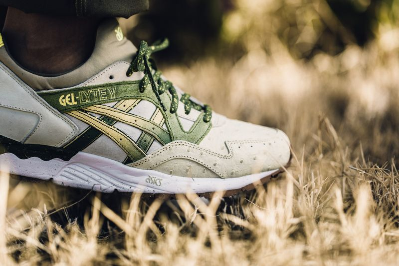 Feature-ASICS-Gel-Lyte-V-Prickly-Pear-8