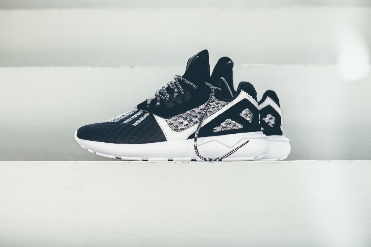 adidas-originals-wool-tubular-runner-black-white-01-1200x800