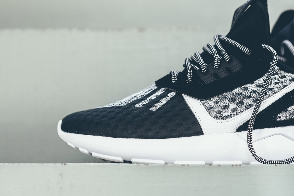 adidas-originals-wool-tubular-runner-black-white-03-1200x800