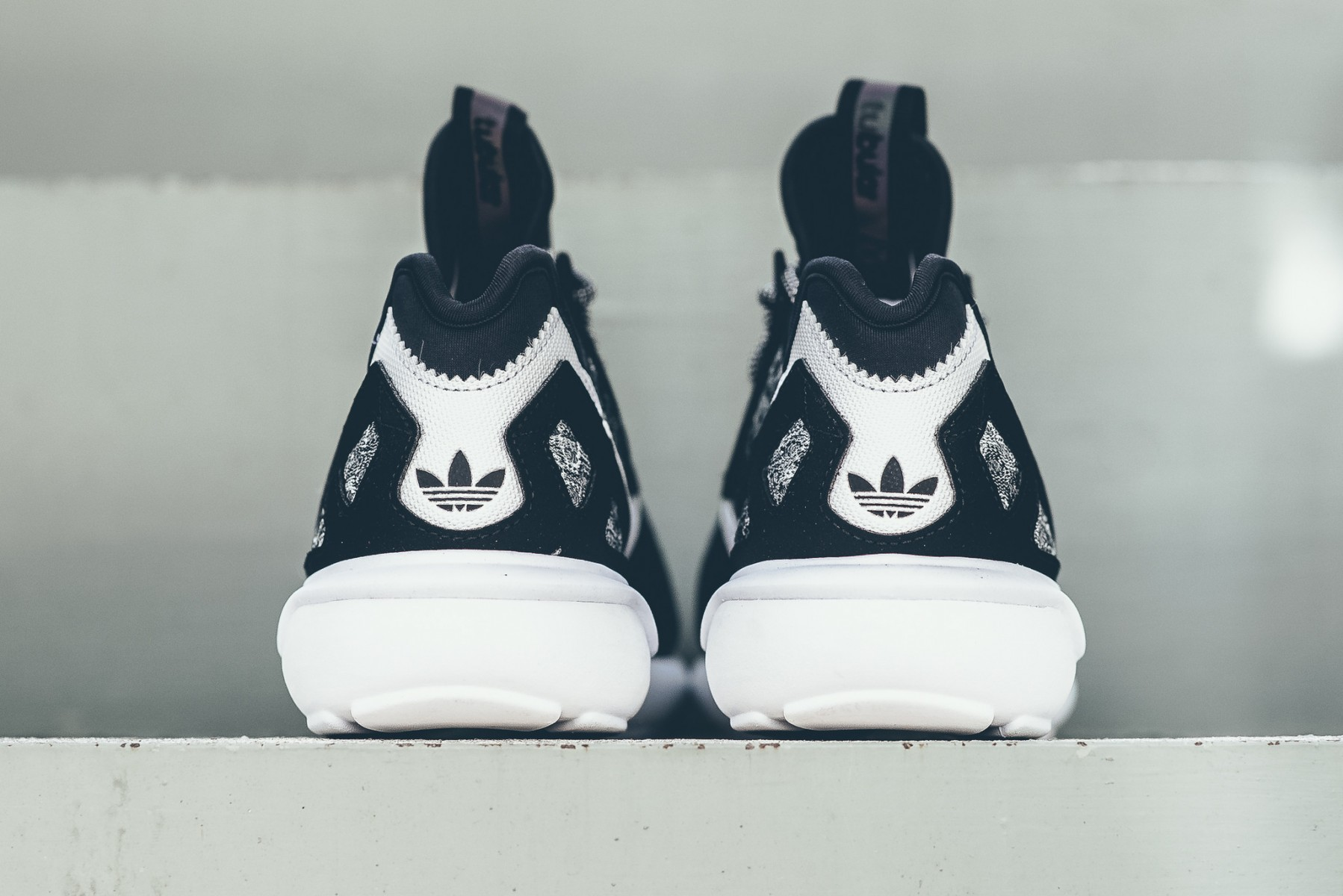 adidas-originals-wool-tubular-runner-black-white-04-1798x1200
