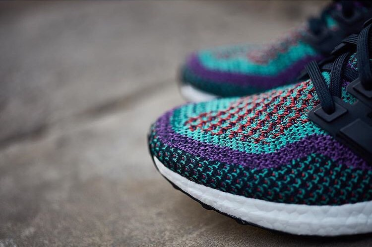 adidas-ultra-boost-purple-gradient_02