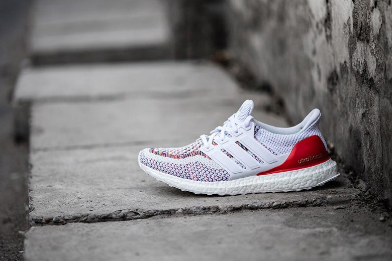 adidas-ultra-boost-white-multicolor-4