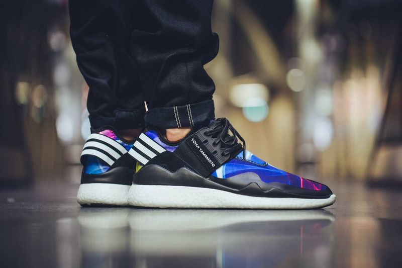 adidas y 3 retro boost multicolor. Black Bedroom Furniture Sets. Home Design Ideas