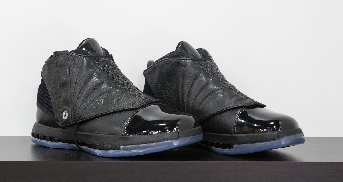 air-jordan-16-kobe-black-collection