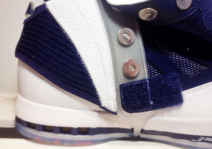 air-jordan-16-retro-white-navy-november-2016-8-681x478