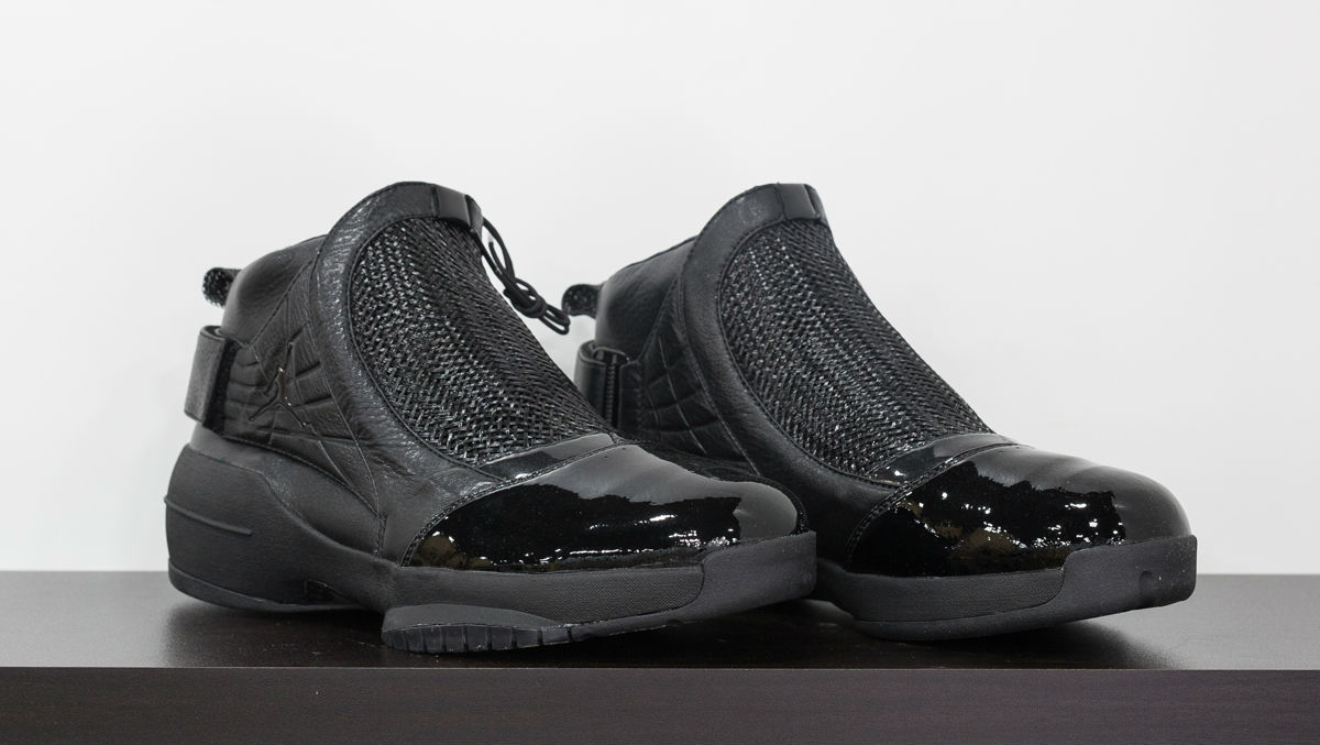 air-jordan-19-kobe-black-collection