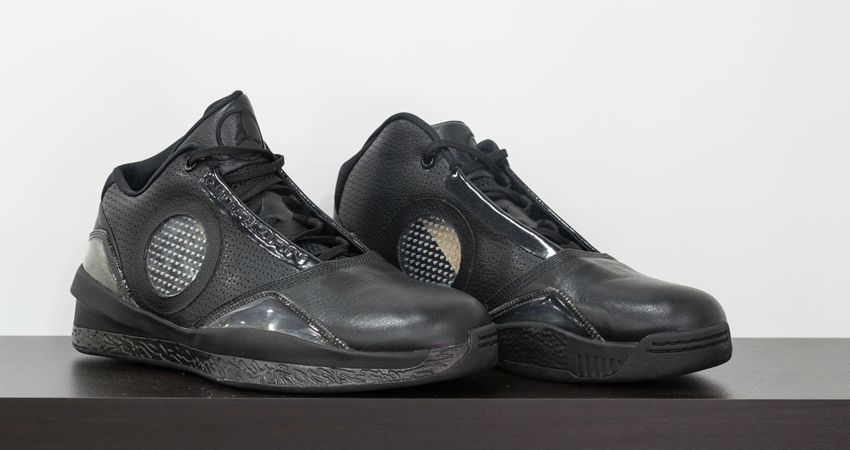 air-jordan-2010-kobe-black-collection