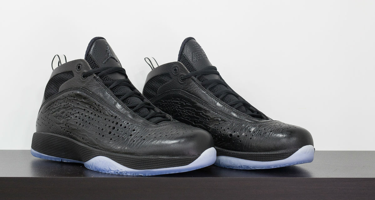 air-jordan-2011-kobe-black-collection