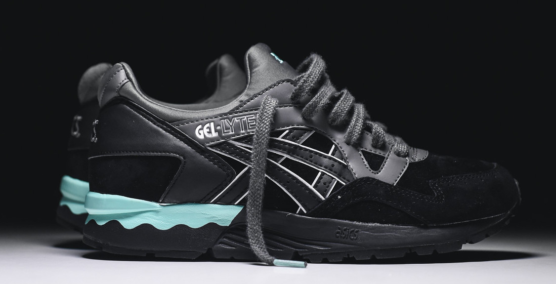 asics-gel-lyte-v-black-mint-womens-01