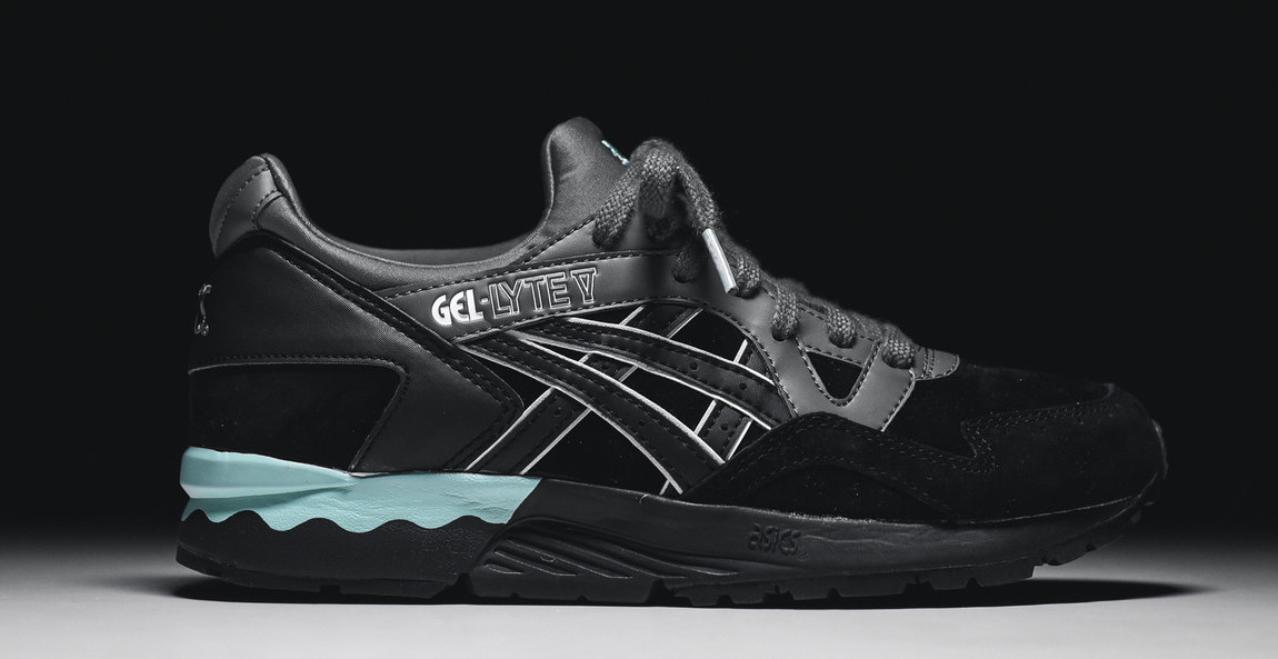 asics-gel-lyte-v-black-mint-womens-1