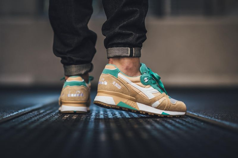 diadora-golden-straw