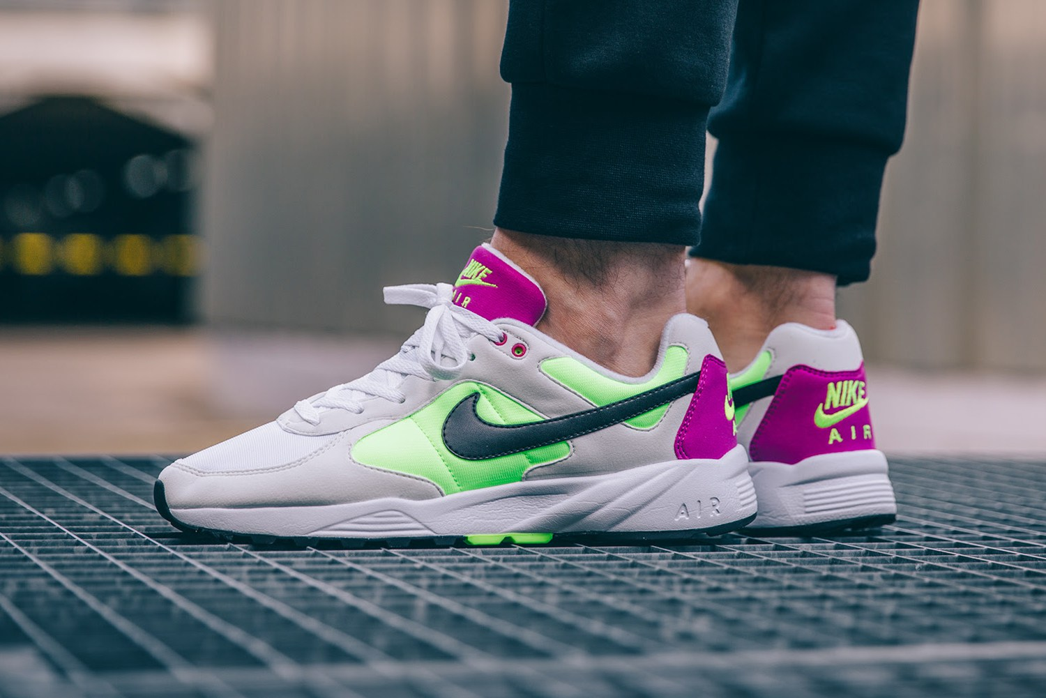http://www.modern-notoriety.com/wp-content/uploads/2016/02/nike-air-icarus-summit-white-black-volt-fuchsia-flash-1.jpg