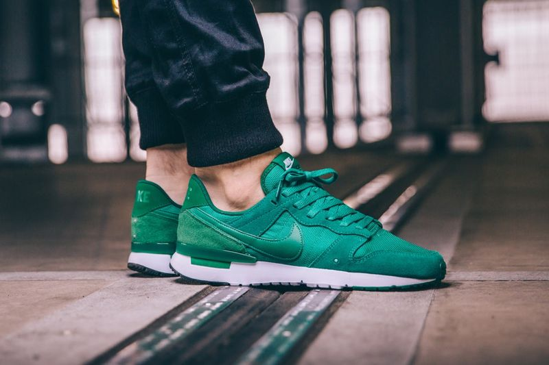 nike-archive-lucid-green