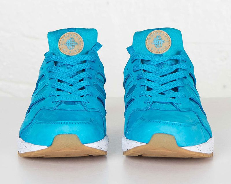 nike-huarache-international-blue-lagoon-1
