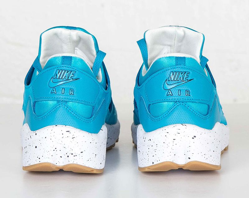nike-huarache-international-blue-lagoon-2