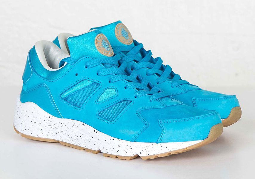 nike-huarache-international-blue-lagoon