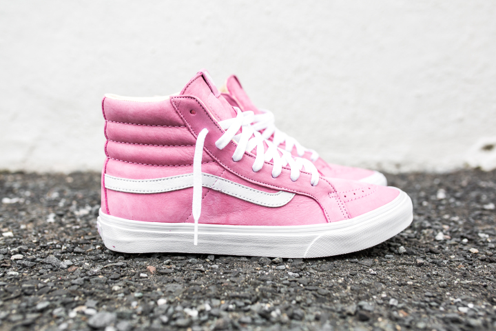 vans-year-of-the-monkey-sk8-hi-slim-pink-leather-1