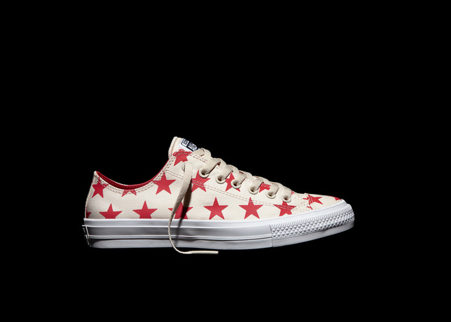 Converse_Chuck_Taylor_All_Star_II_Reflective_Stars_-_Red_Pair_large