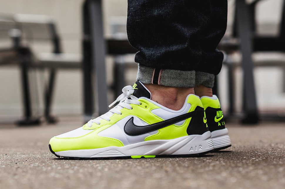 Nike-Air-Icarus-NSW-Volt