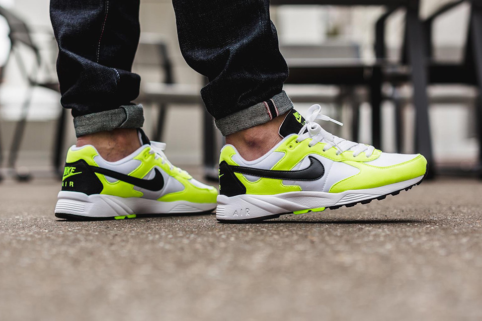 Nike-Air-Icarus-NSW-Volt_02
