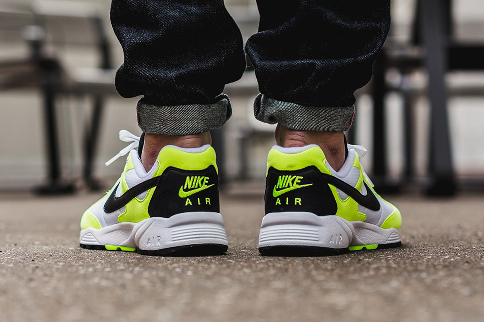 Nike-Air-Icarus-NSW-Volt_03