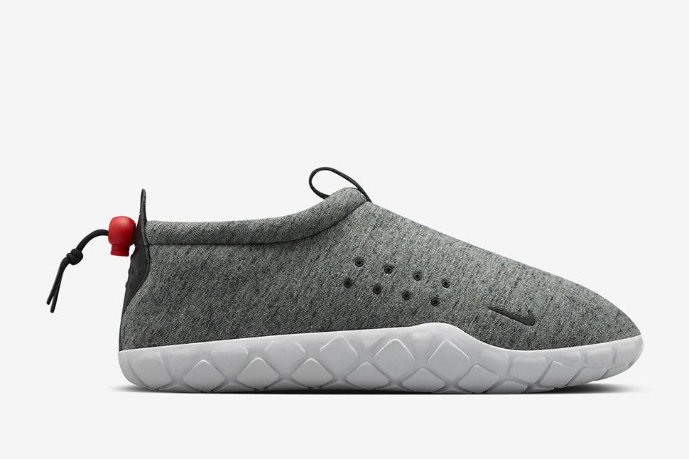 NikeLab-Air-Moc-Fleece-1