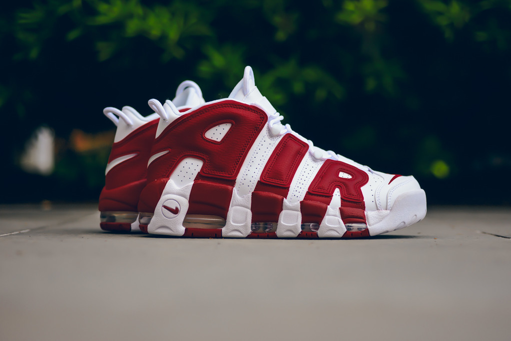 Nike_Air_More_Utempo_White_414962_100_Sneaker_Politics-5615