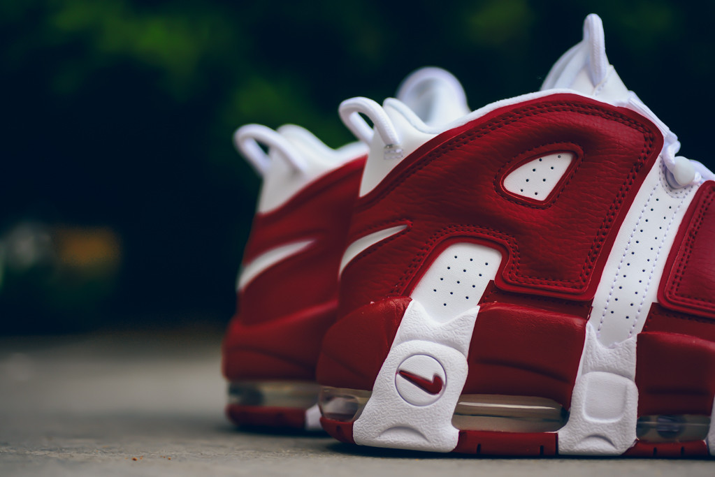Nike_Air_More_Utempo_White_414962_100_Sneaker_Politics-5617