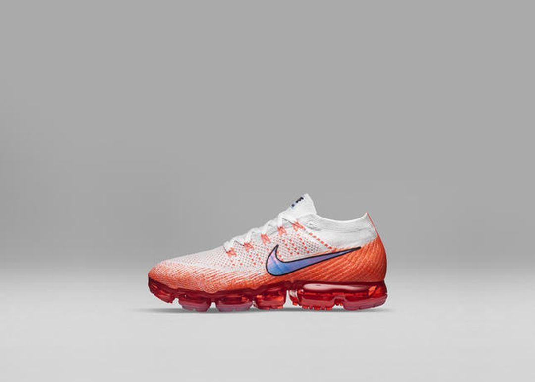 Nike_Air_VaporMax_Profile_Orange_54047