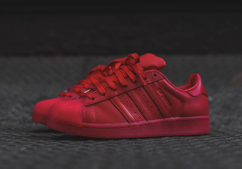 adidas-originals-superstar-scarlet-red-microperforated-leather-01