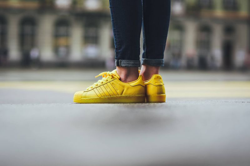 adidas-superstar-color-yellow