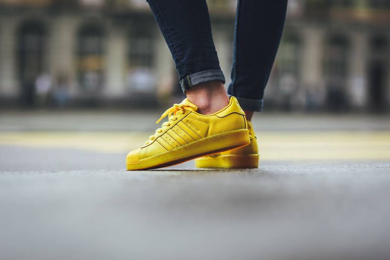 adidas-superstar-color-yellow_03