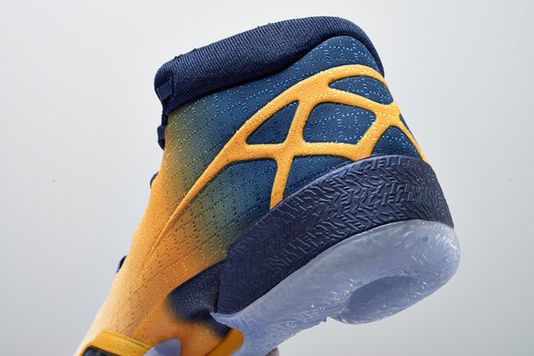 air-jordan-xx9-cal-university-golden-bears-pe_02