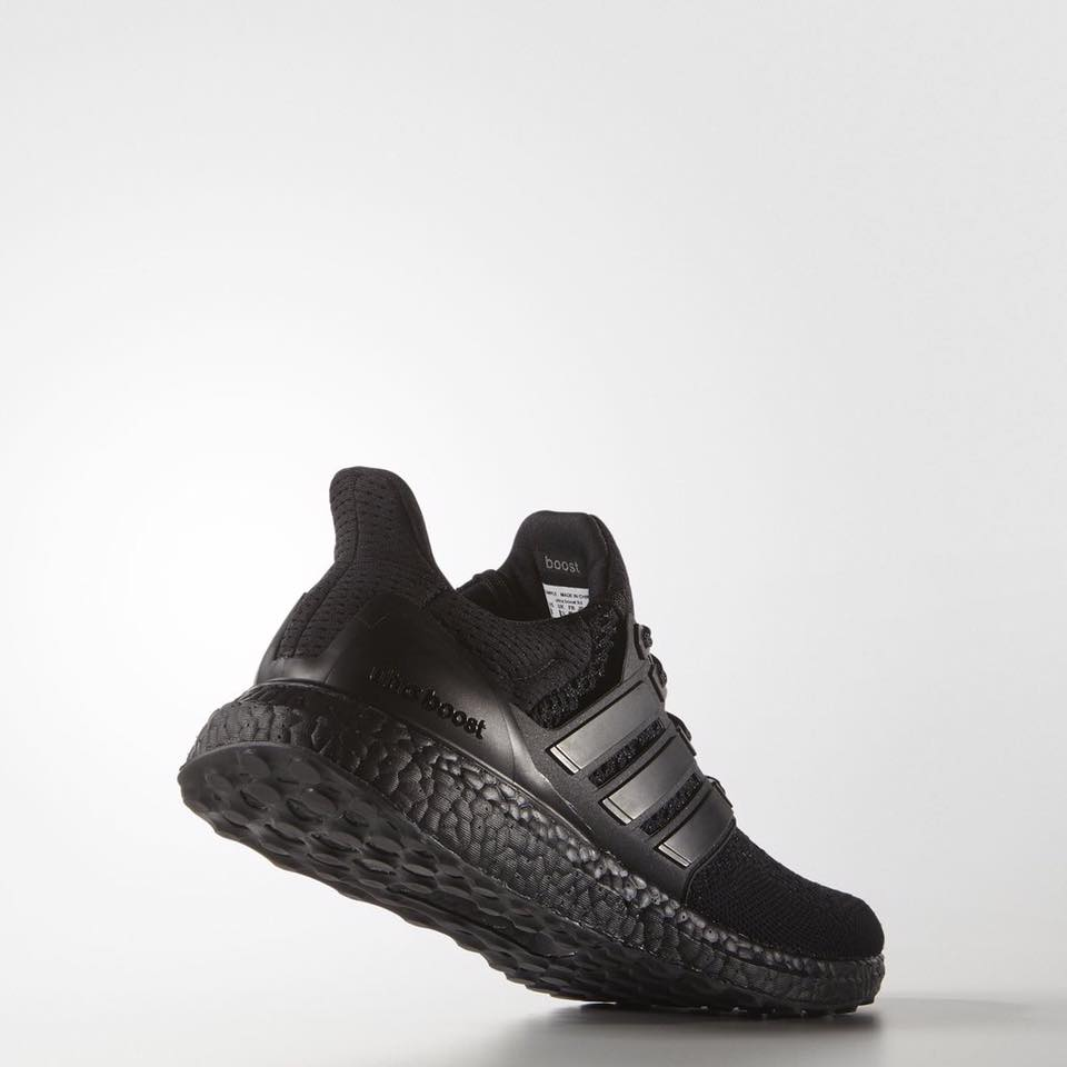 black-ultra-boost-adidas