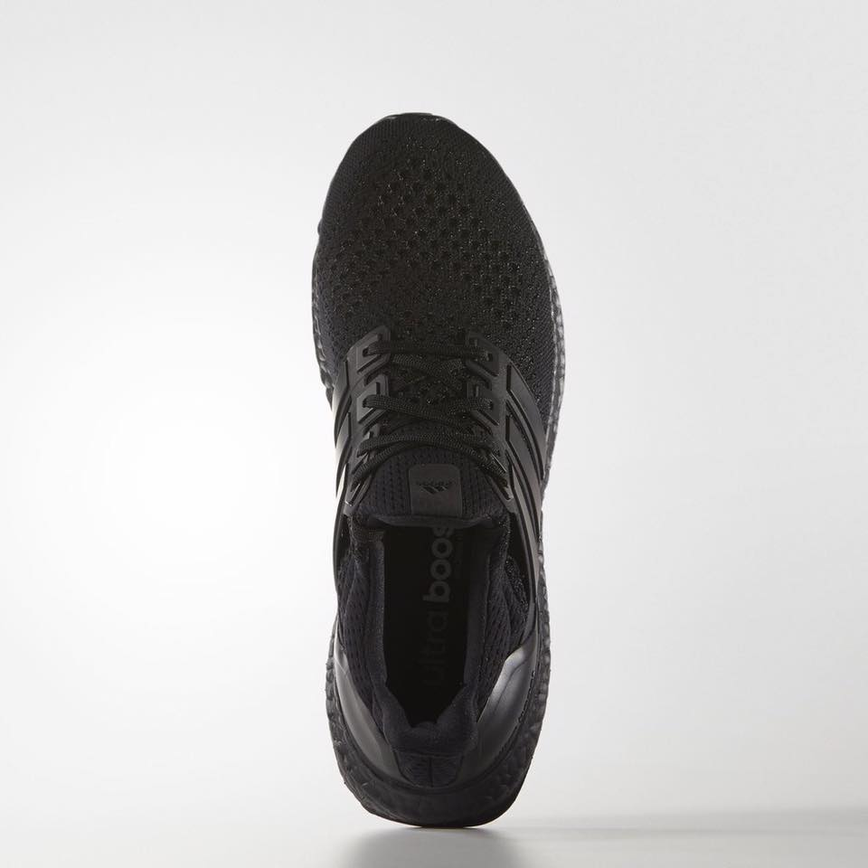 black-ultra-boost-adidas_03