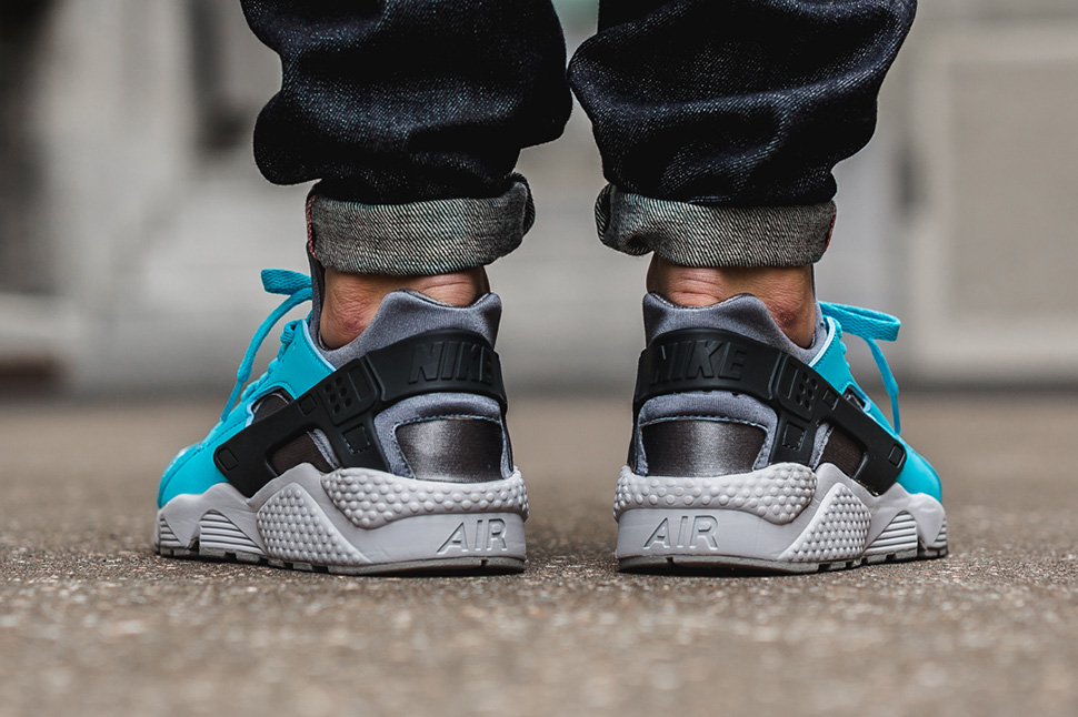 nike-air-huarache-beta-blue_02