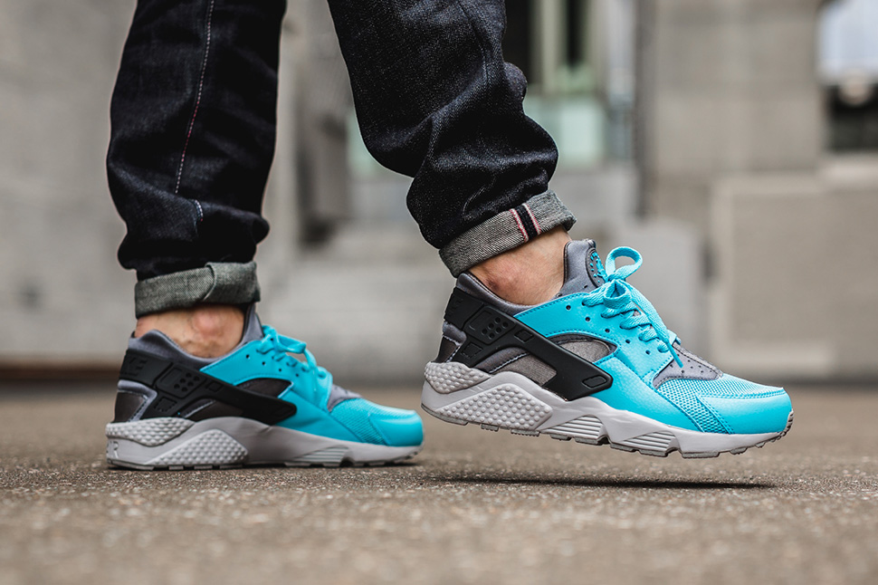 nike-air-huarache-beta-blue_03