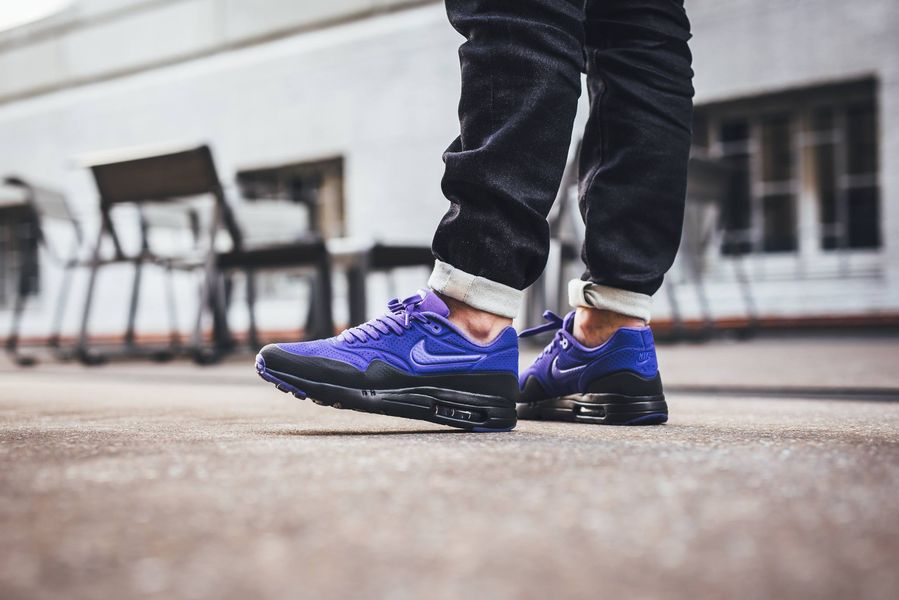 nike-air-max-1-ultra-moire-violet_02