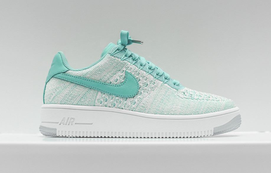 nike-flyknit-air-force-1-low-emerald-1