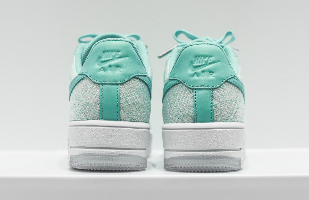 nike-flyknit-air-force-1-low-emerald-4