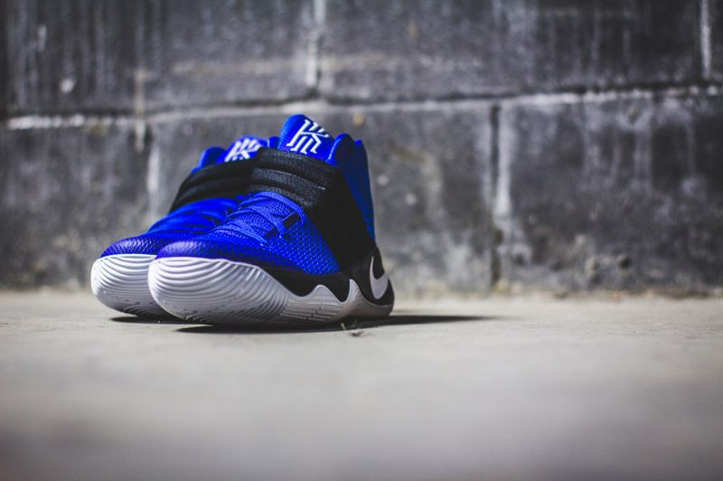 nike-kyrie-2-brotherhood_05