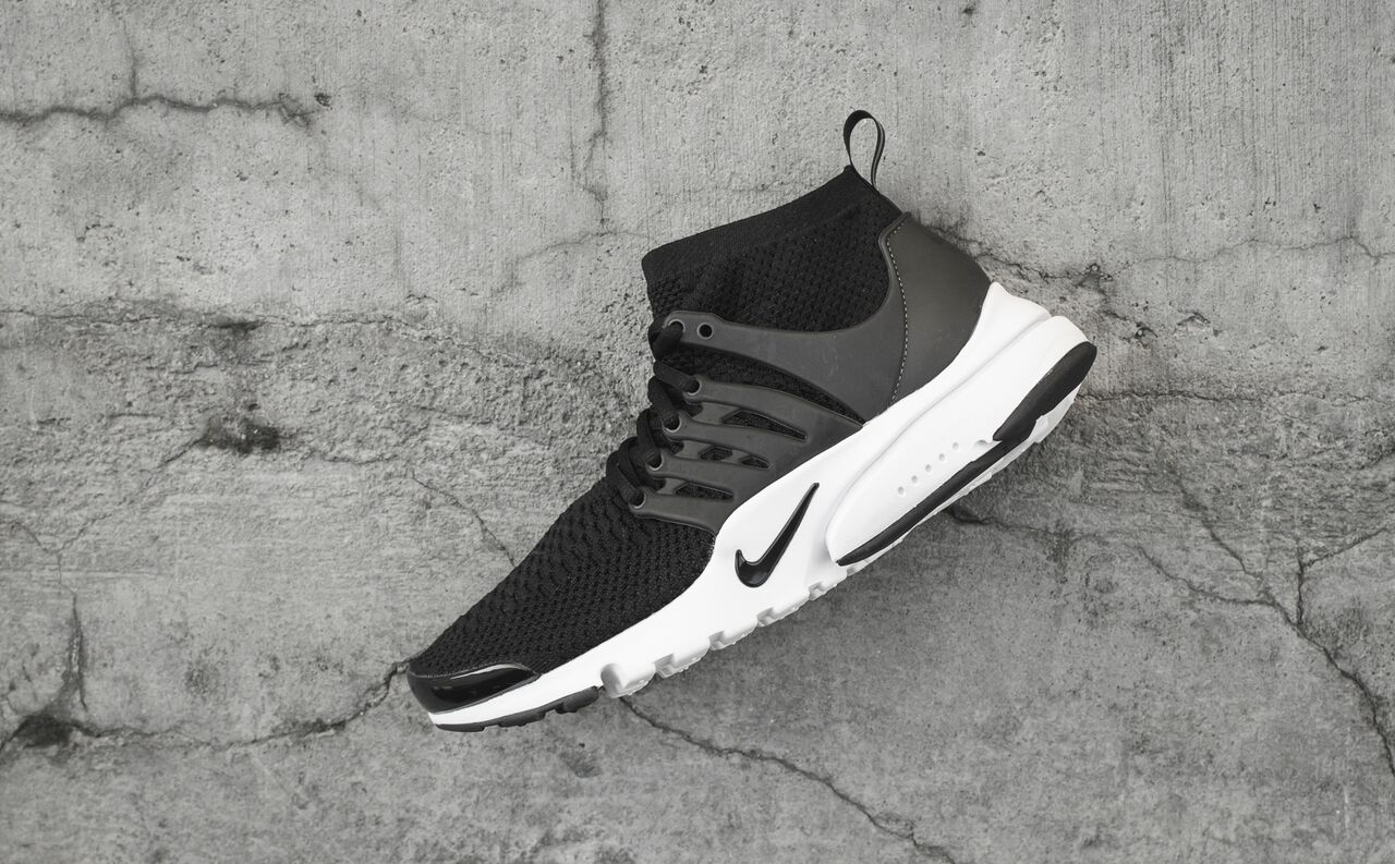 nike-presto-ultra-black-white_03