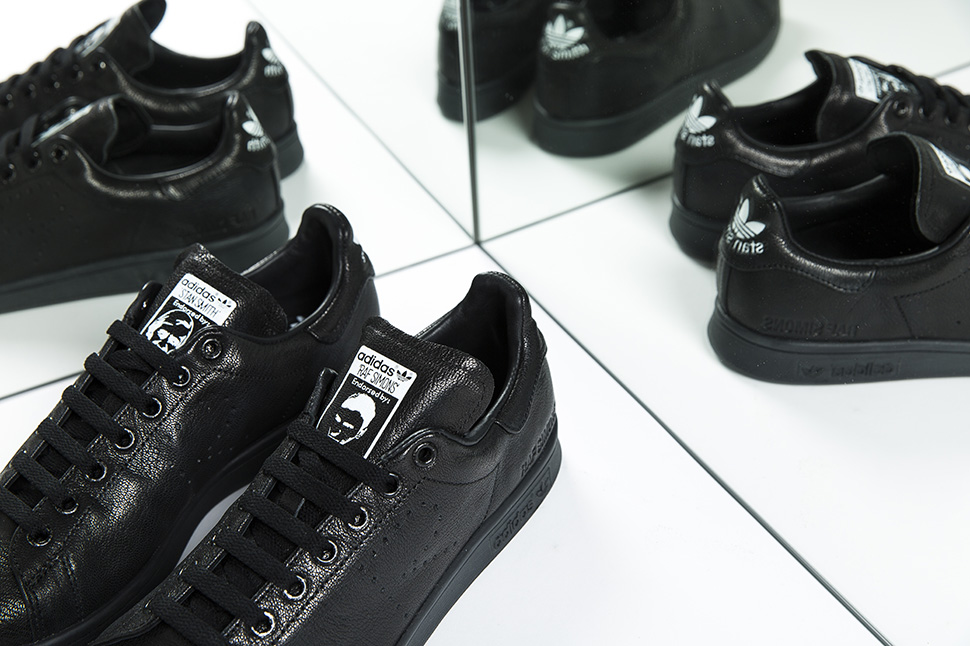 og-adidas-raf-stan-smith-aged-black-2