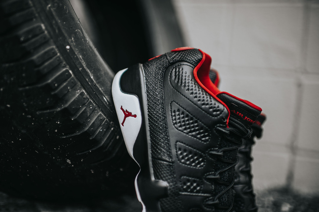 Air-Jordan-9-Low-Black-White-Chicago-6