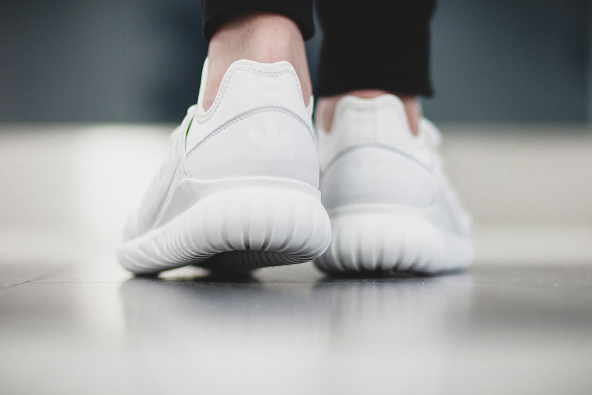 adidas-tubular-radial-crystal-white-03