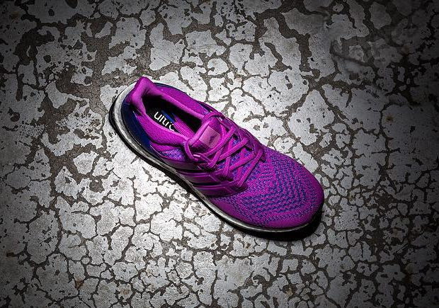 adidas-ultra-boost-berry-2