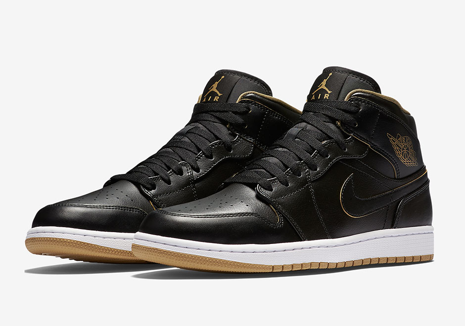air-jordan-1-gs-black-gold-2