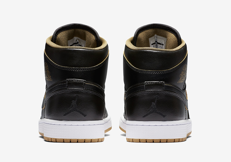 air-jordan-1-gs-black-gold-4